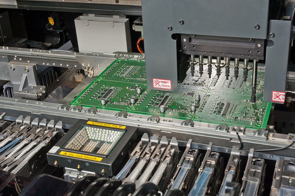 Contract Manufacturing - electronic component SMT